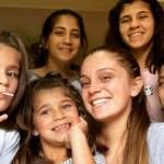 Adolescente criou sozinha os 5 irmãos depois de os pais falecerem