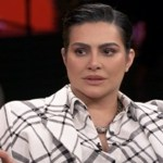 A atriz Cleo Pires desabafou sobre os ataques que vem sofrendo na internet