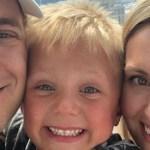 Menino de 6 anos vende limonada para realizar último desejo de seu pai
