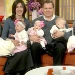 Casal adota 3 crianças porque não consegue ter filhos biológicos, mas depois ela fica grávida de gêmeos
