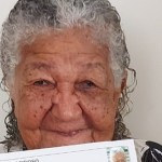Idosa de 101 anos entrega currículo em empresa e caso viraliza na internet