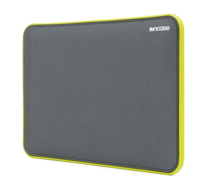 Incase ICON Sleeve with TENSAERLITE for MacBook Pro