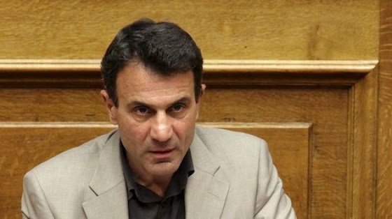 Costas Lapavitsas i det greske parlamentet. Foto: Verso
