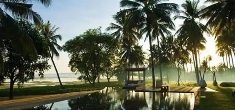 Tropical-Indonesia-Villa-Sapi-by-David-Lombardi-19