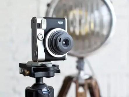 fujifilm-instax-mini-90-2