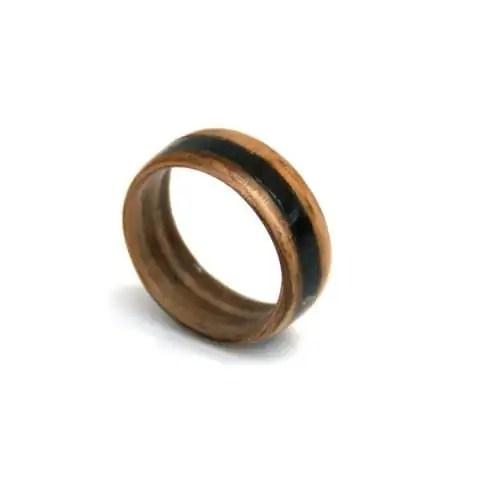 Houten ring4 - Margeaux
