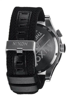 nixon-passport-horloge-3
