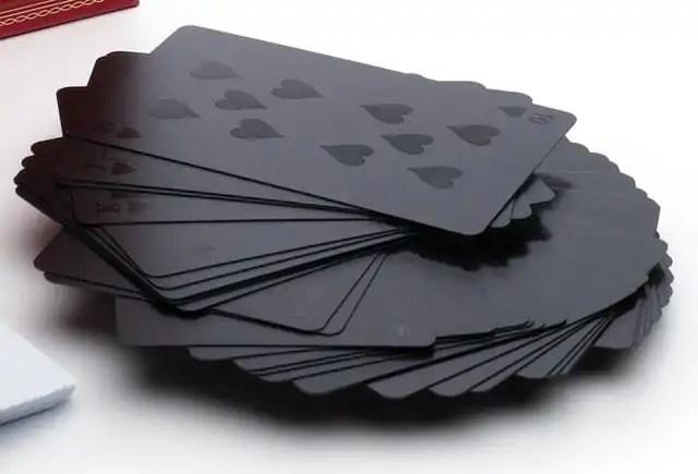 zwarte-speelkaarten-1