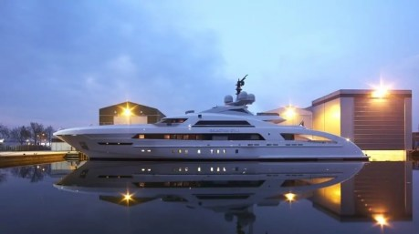 super jacht heesen 1 waterval