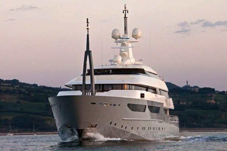 Azteca CRN Yacht - 2