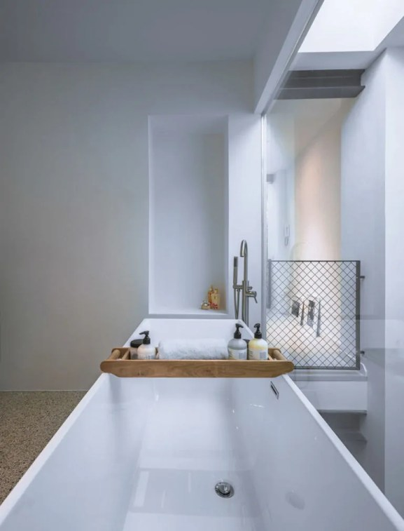 gallery-1480942109-loft-9