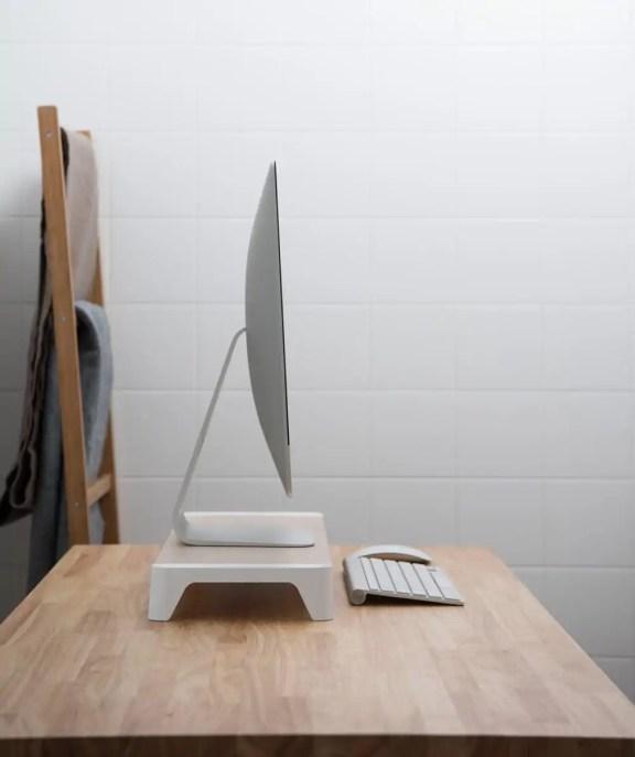 Computer desk pallo
