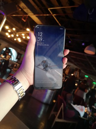 oppo-f11-pro-hands-on-the-king-of-affordable-pop-up-selfie
