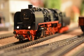 Modellbahn-reparatur von Loks