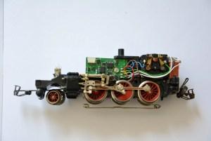 Modellbahnreparatur Maninas-Lokwerk