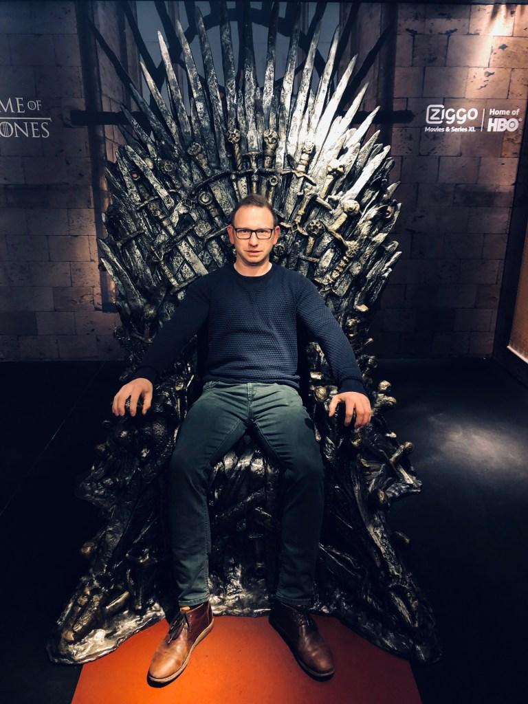 Zitten op de Game of Thrones Troon