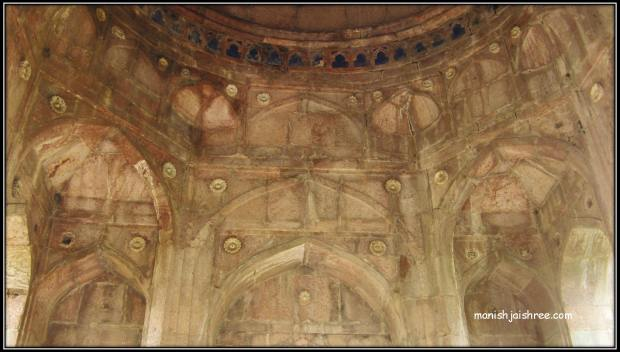 inside the Jami Masjid