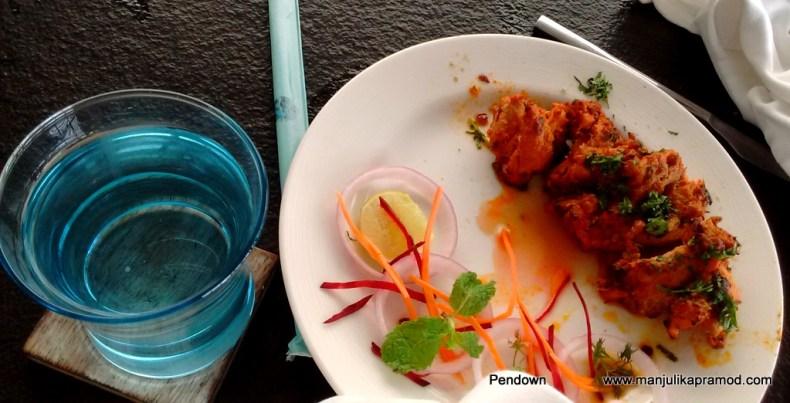 Chicken Tikka was yum, tantalizing food in Goa, La brise, Travel blogger
