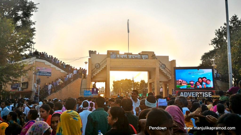 Wagah Border, Amritsar, Sunset, Travel on the road