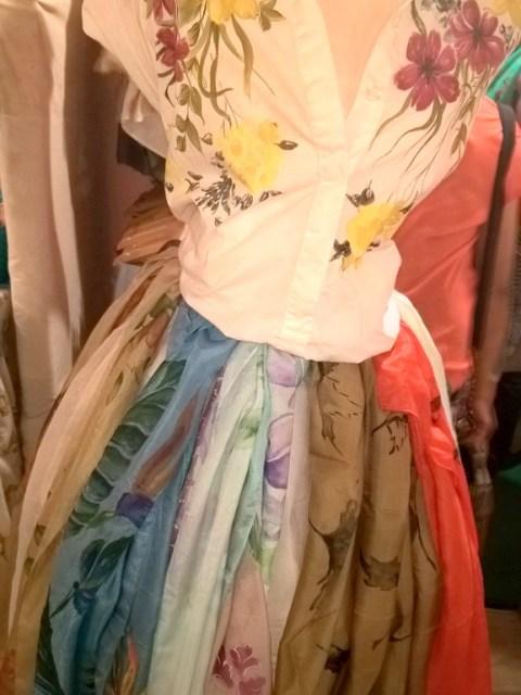 The Lil Flea -colorful scarfs, Mumbai, Shopping, Fun colors