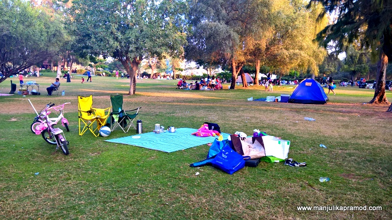 Al Mamzar Park in Dubai -Picnic time begins