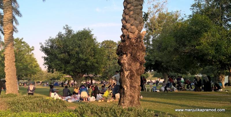 Al Mamzar Park in Dubai -When you picnic in Dubai