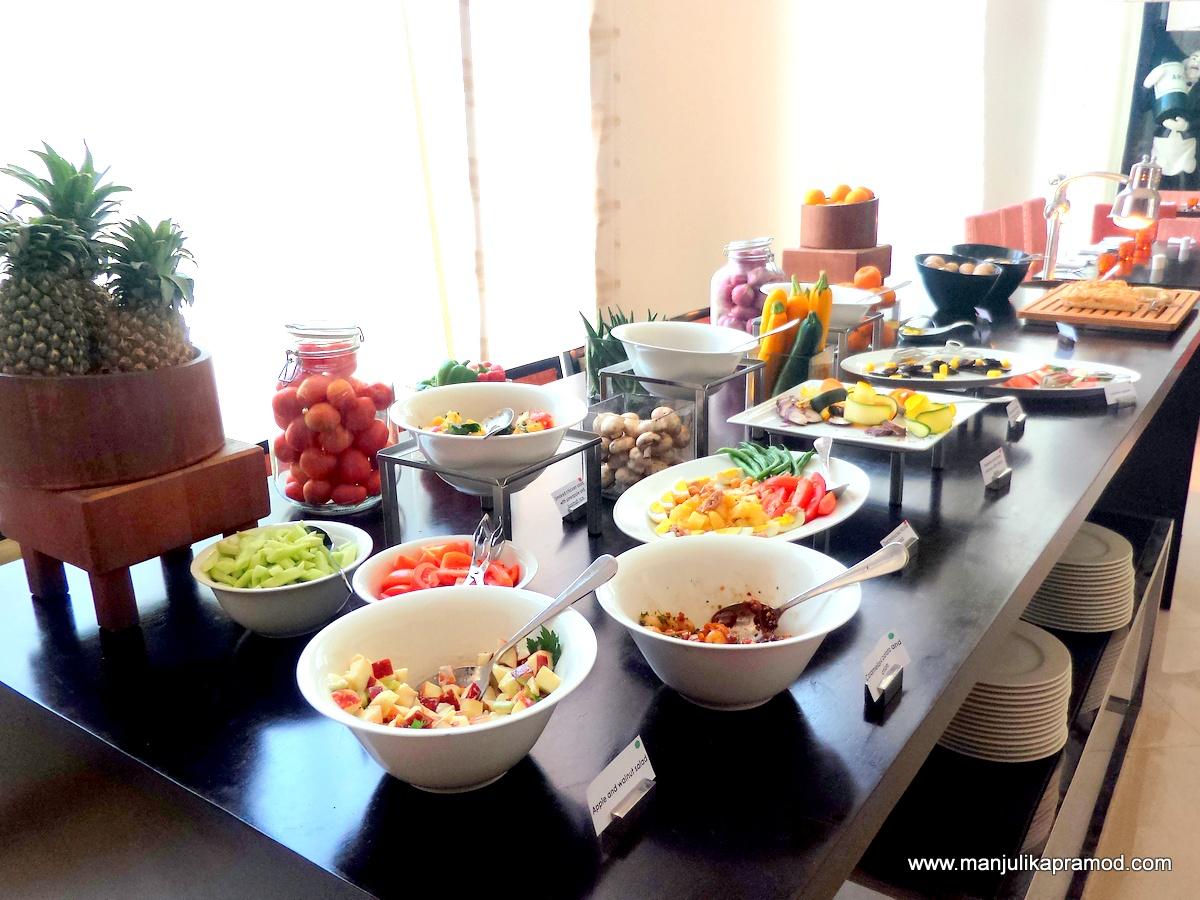 Salad Spread, Hyatt Place, #SocialSundays