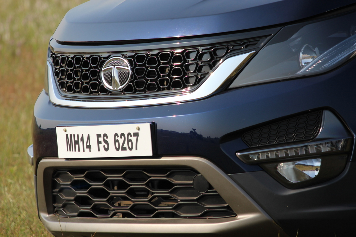 Hexa by Tata Motors