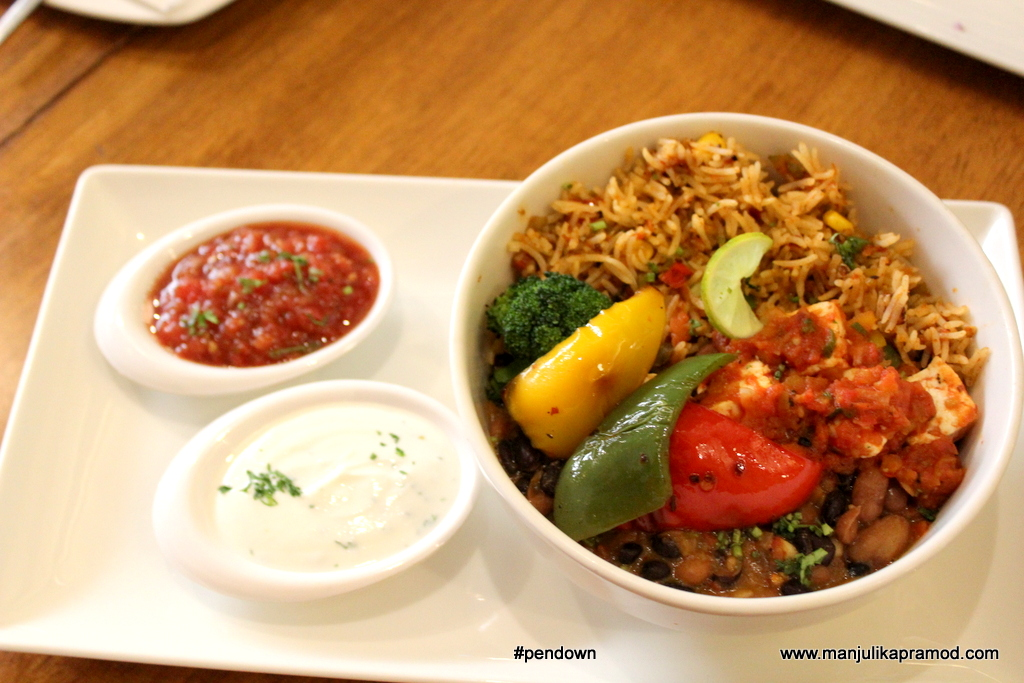 burrito-rice-bowl-getafix-cafe-at-greater-kailash