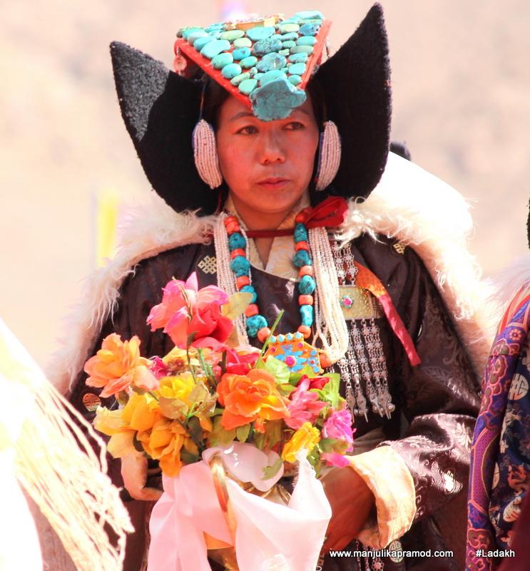 ladakhi-woman, Woman wearing Perak