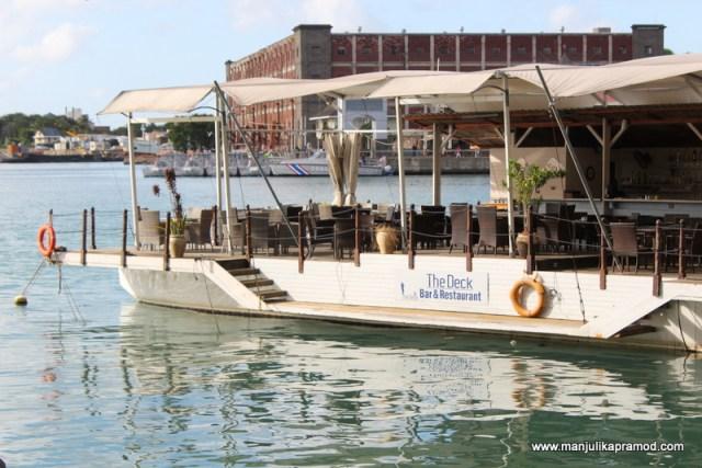 Deck-Bar and Restaurant - Port Louis!