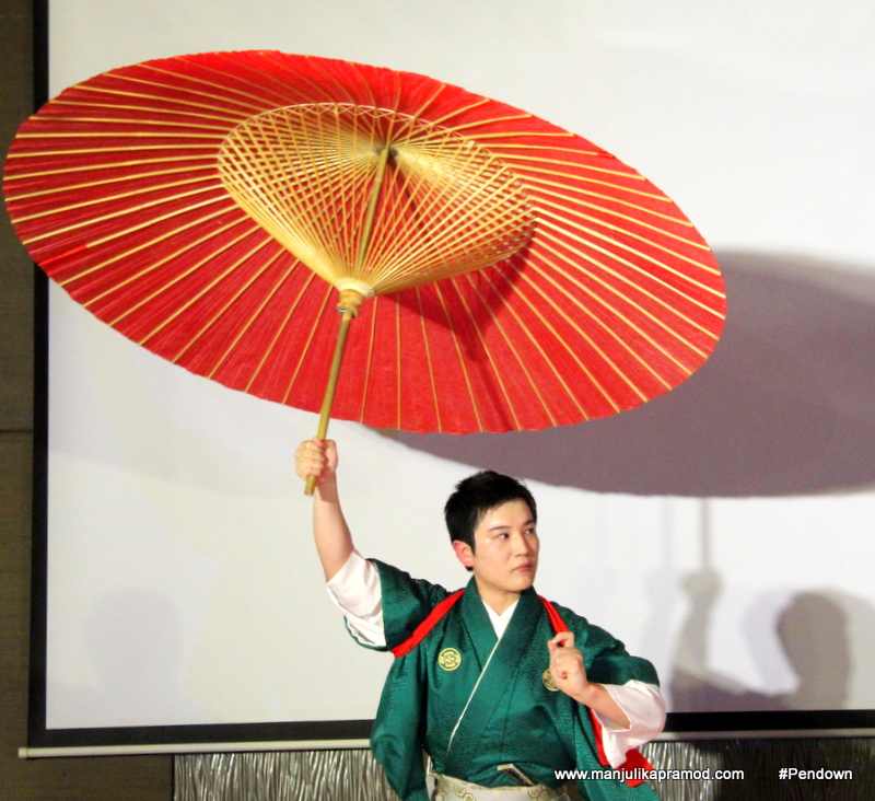 Japanese magic show- Tzeuma performance.