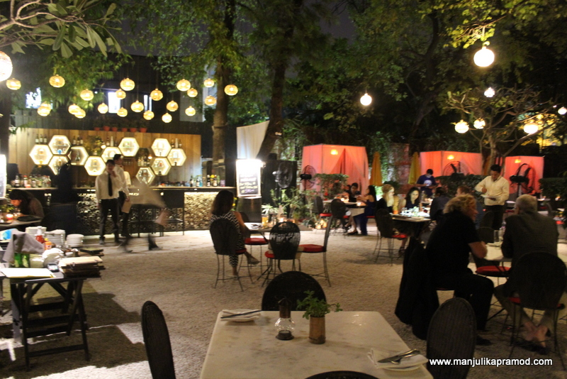 Luxury Places to eat in Delhi