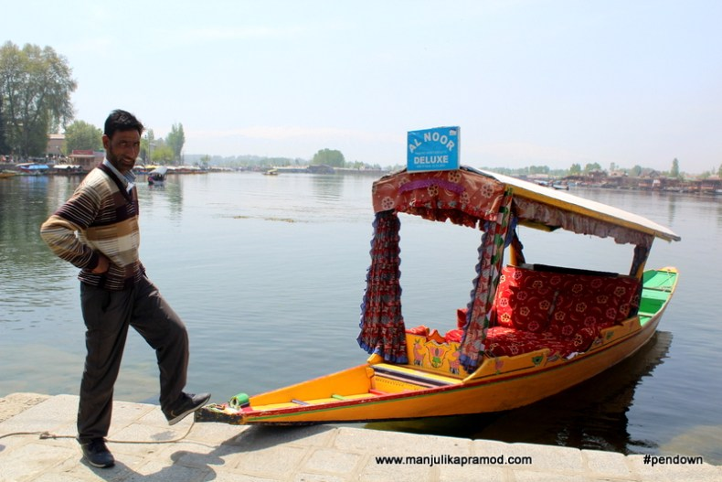 Al Noor Deluxe took me around on the Dal lake and helped me live my dream.