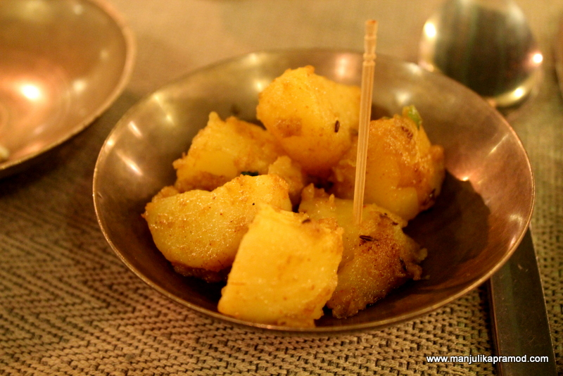 Boiled and fried potatoes