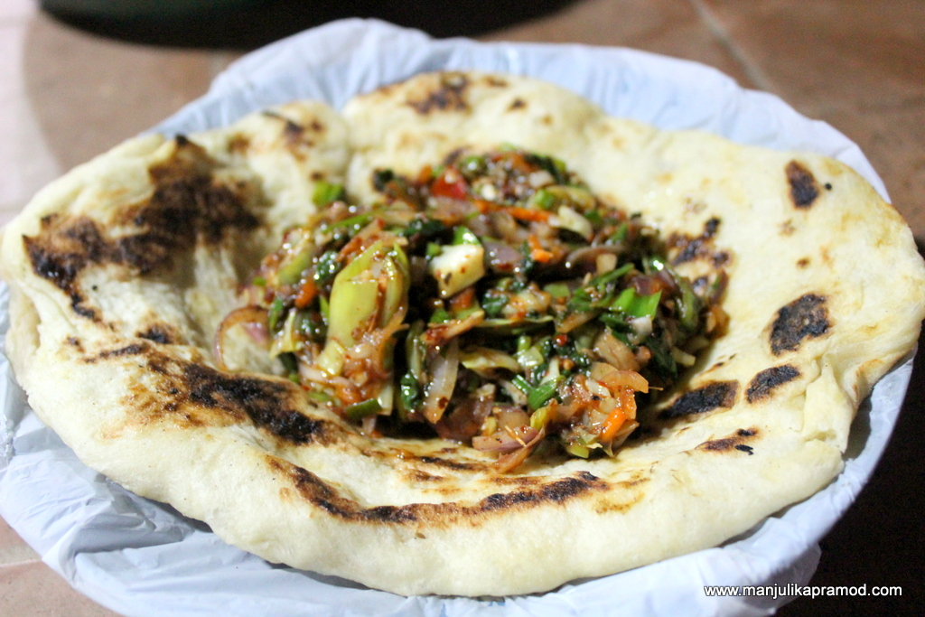 Egg Parantha with veggies