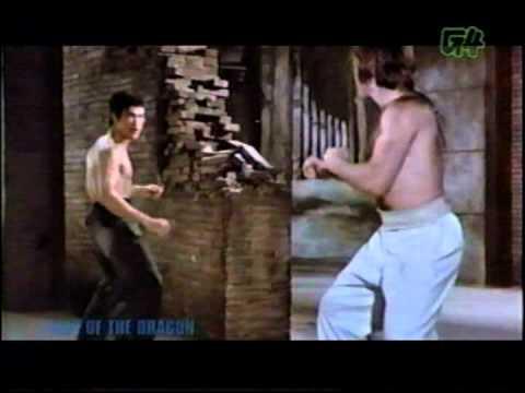 Bruce Lee vs Chuck Norris in epic movie battle