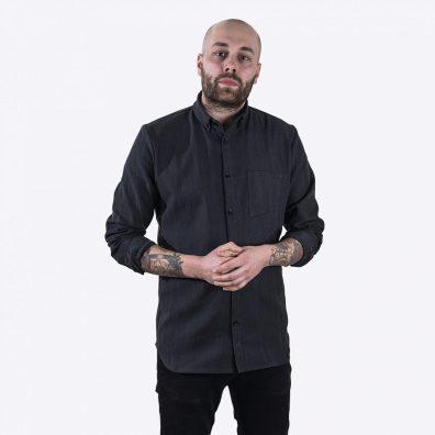 Denim-paita Gentle onnistuu yhdistämään istuvuuden, mukavuuden, muodon ja laadukkaan materiaalin.