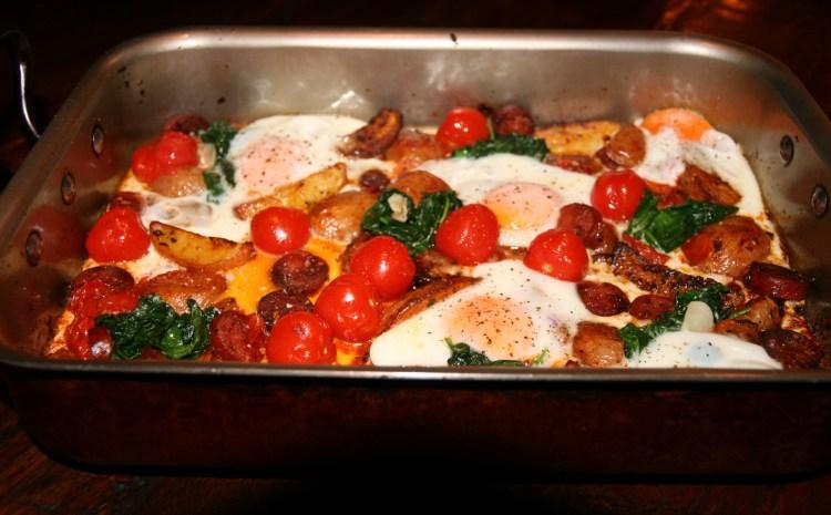 Chorizo, potato and eggs traybake