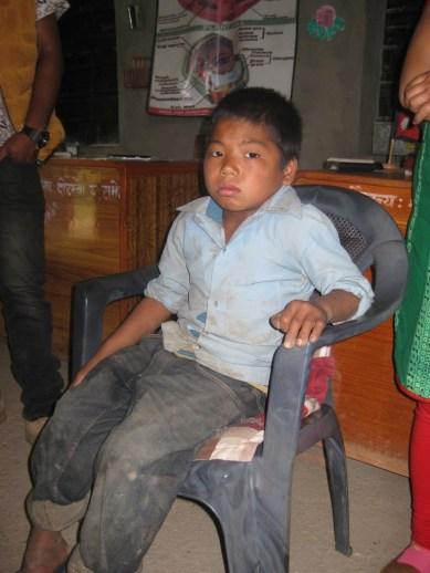 Jaman Sing Thapa, troubles de la marche, jamais consulté