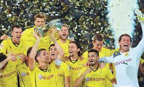 El BVB celebra la Supercopa de Alemania conseguida ante el Bayern Foto: la-razón.com
