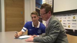 Deulofeu jugará en el Everton (Foto: @Everton)