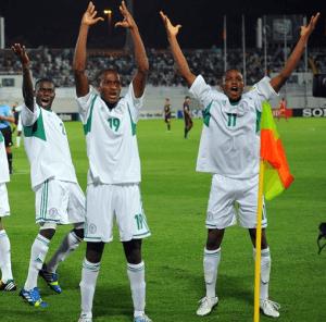 Los jugadores de Nigeria no se cansaron de celebrar goles ante México