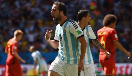 Higuaín fue elegido MVP tras clasificar a Argentina con su gol   Foto: Extremista