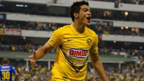 El delantero de América celebra uno de sus goles. Foto: mexico.cnn.com