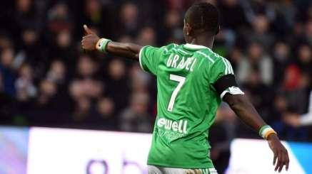 Gradel en el partido de este fin de semana ante el Lille Foto: footmercato.net