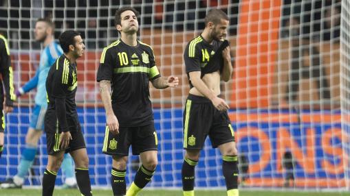 Los jugadores españoles vencidos y sin reacción Foto: eurosport.yahoo.com