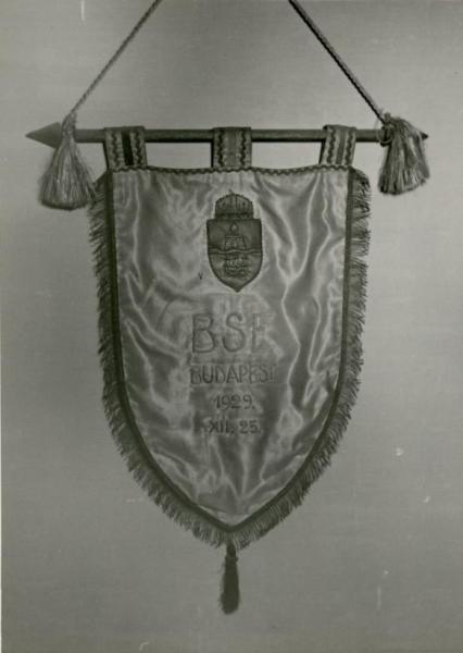 Banderín del Budapest SE