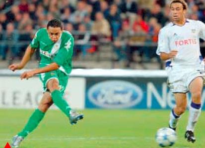 Oct-3 Anderlecht-Betis 29-09-2005 Gol de Oliveira