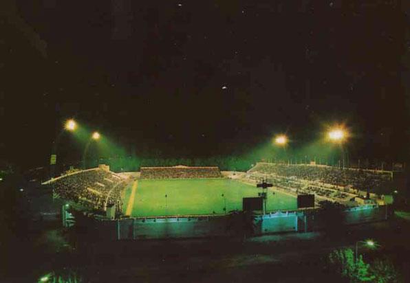 Estadio Benito Villamarín-Vista Nocturna